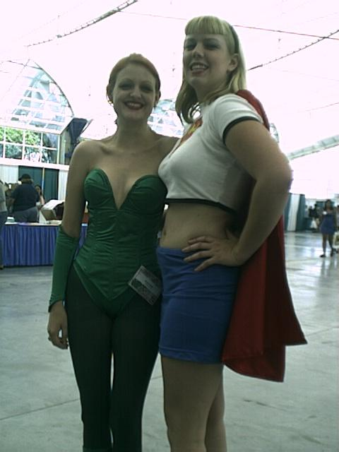 San Diego Comic-Con Poison Ivy, Supergirl